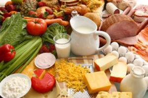 Idee per spuntini proteici - cosa mangiare per spuntino
